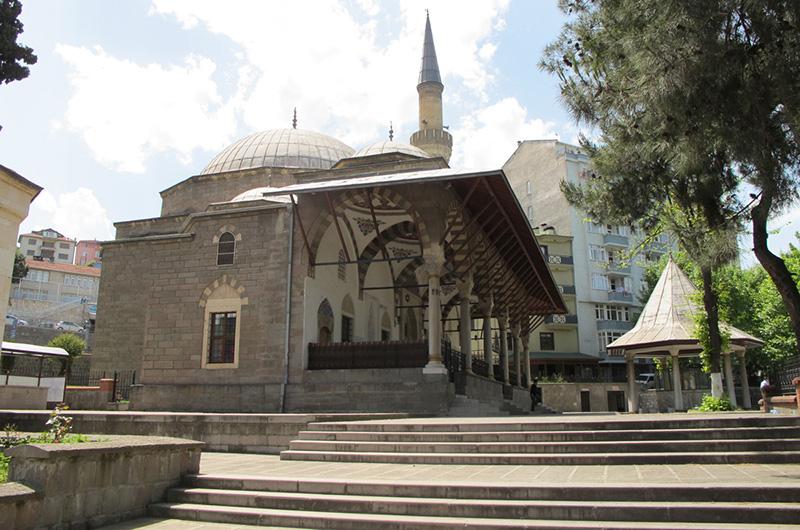 Gulbaharhatun Turbesi Mosque